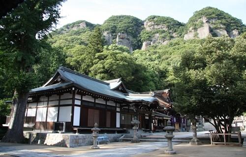 八栗寺 五剣山.JPG