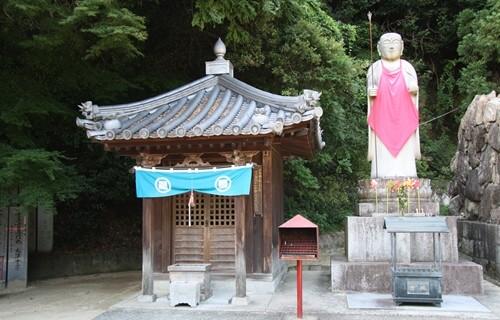 八栗寺 地蔵堂.JPG