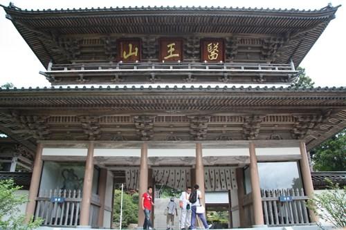 大窪寺 山門1.JPG