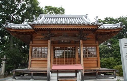 屋島寺 三体堂.JPG