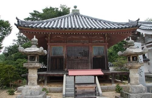 屋島寺 千体堂.JPG