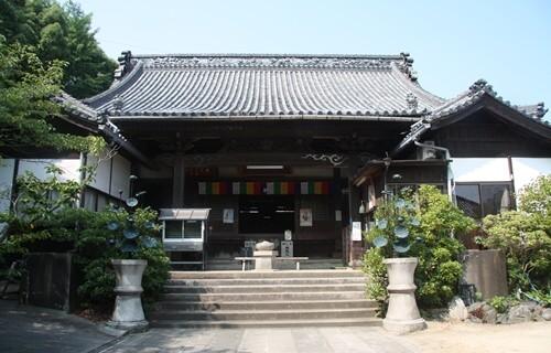 海岸寺奥の院 大師堂.JPG
