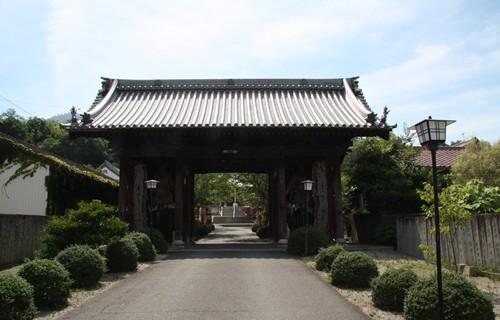 香西寺 山門.JPG