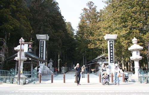 高野山奥の院 (8).JPG